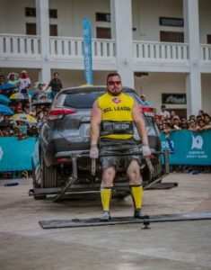 Belsak Strongman car deadlift
